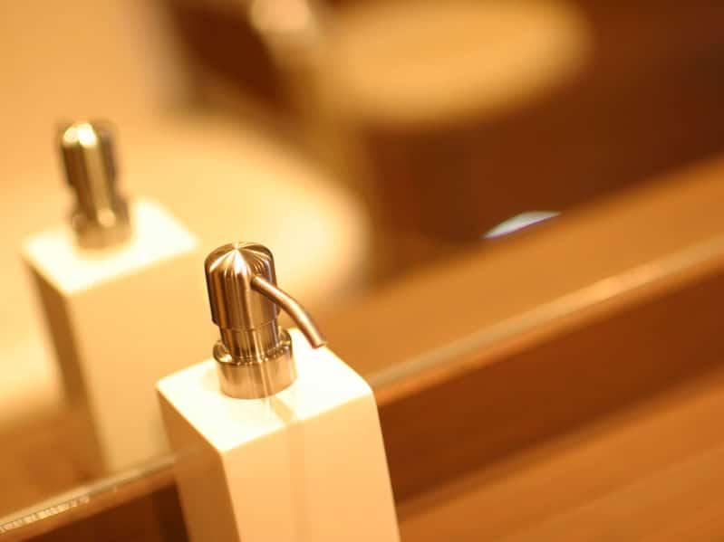 余ったシャンプーはトイレ掃除やゴキブリ退治にも使える!?というトリビア