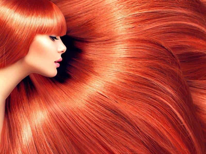 赤毛になったのは、有名マーメイド映画と差別化を図るため。というトリビア