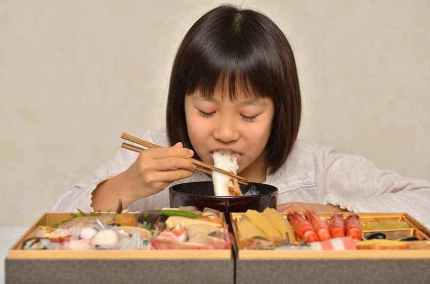なんで日本人は正月におせち料理を食べるの?というトリビア