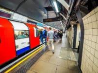 世界で一番古い地下鉄はロンドンにある