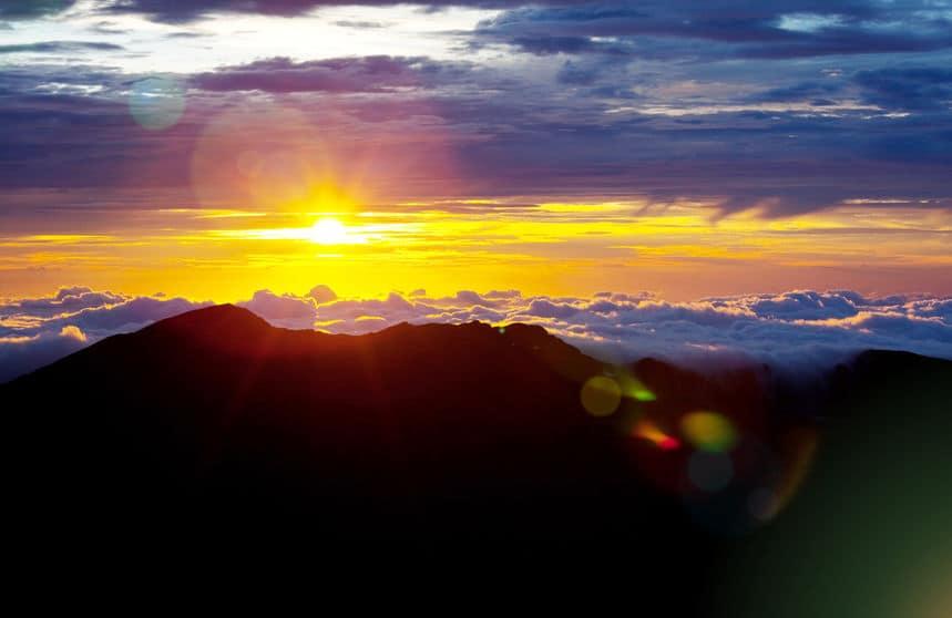 エベレストより高い!?世界で最も高い山はハワイのマウナ・ケア山についてのトリビアまとめ