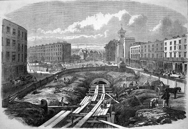 ロンドン地下鉄は開業から150年以上経過している。についてのトリビア