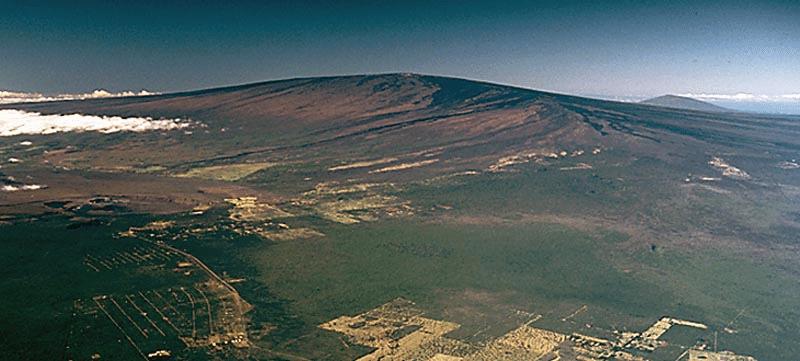 地球で最も体積の大きい山はハワイのマウナ・ロア山についてのトリビア