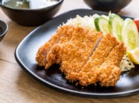 とんかつは日本人が作った料理という雑学