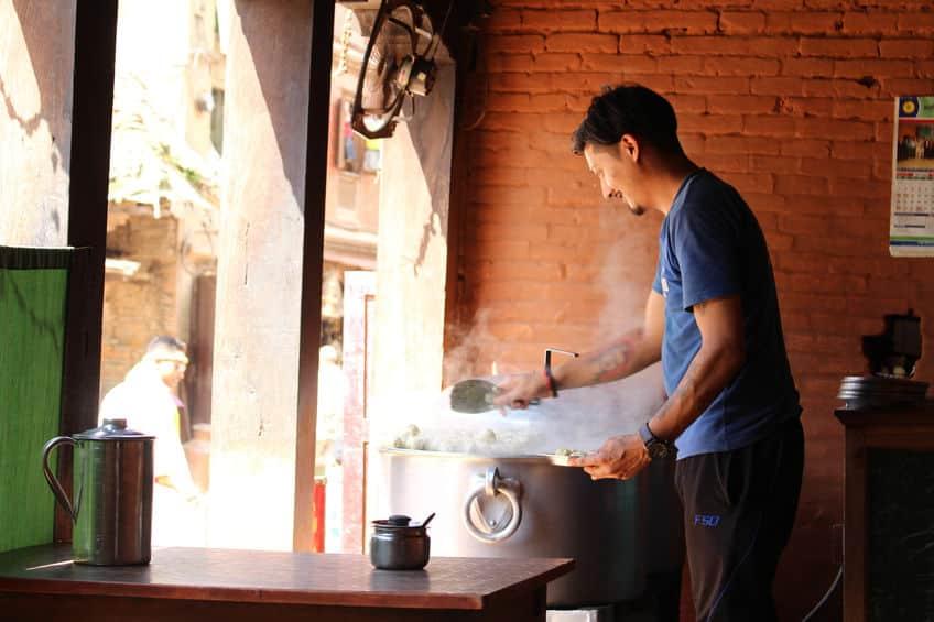 日本にある「インド・ネパール料理屋」は十中八九ネパール人についてのトリビア