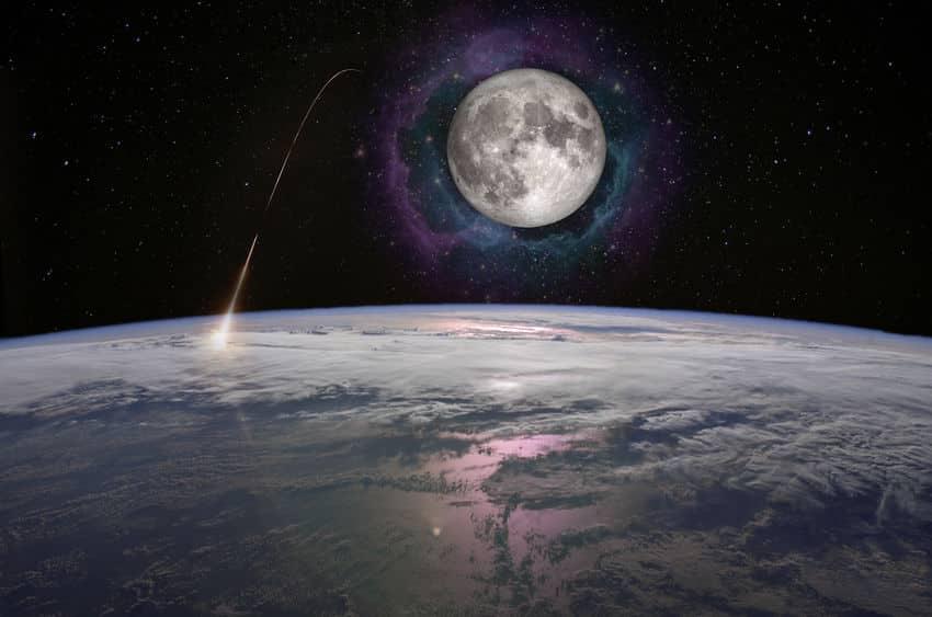「月」は少しずつ地球から離れていっている?に関する雑学