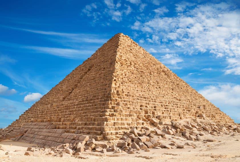エジプト・クフ王のピラミッドについてのトリビア