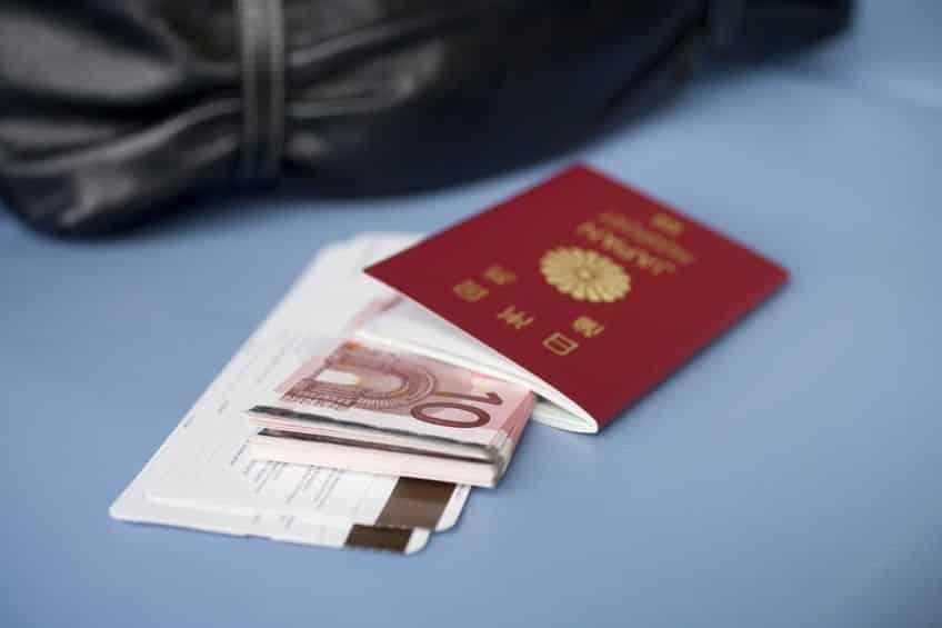日本のパスポートは信頼度が高い。それゆえに偽造のターゲットにもされやすいというトリビア