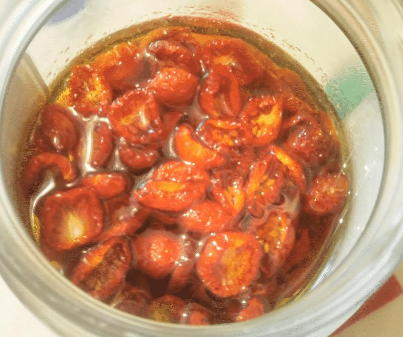 干しトマトのオイル漬けが完成!