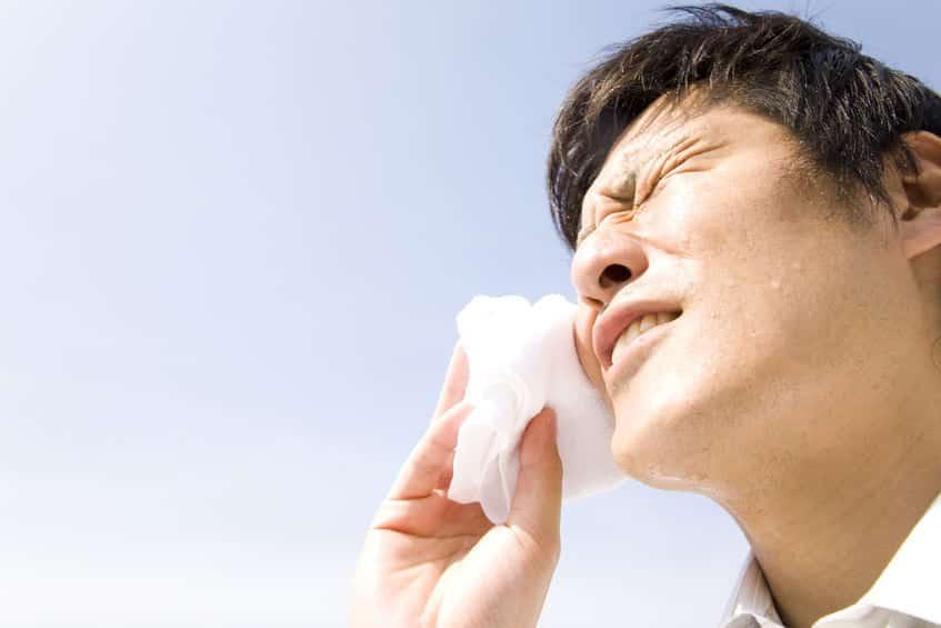 水アレルギーになると、自分の涙や汗にも反応してしまうというトリビア