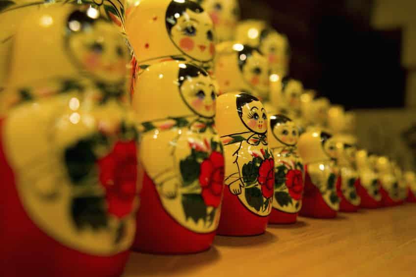 ロシアの玩具人形・マトリョーシカは日本の民芸品をヒントに制作された?というトリビア