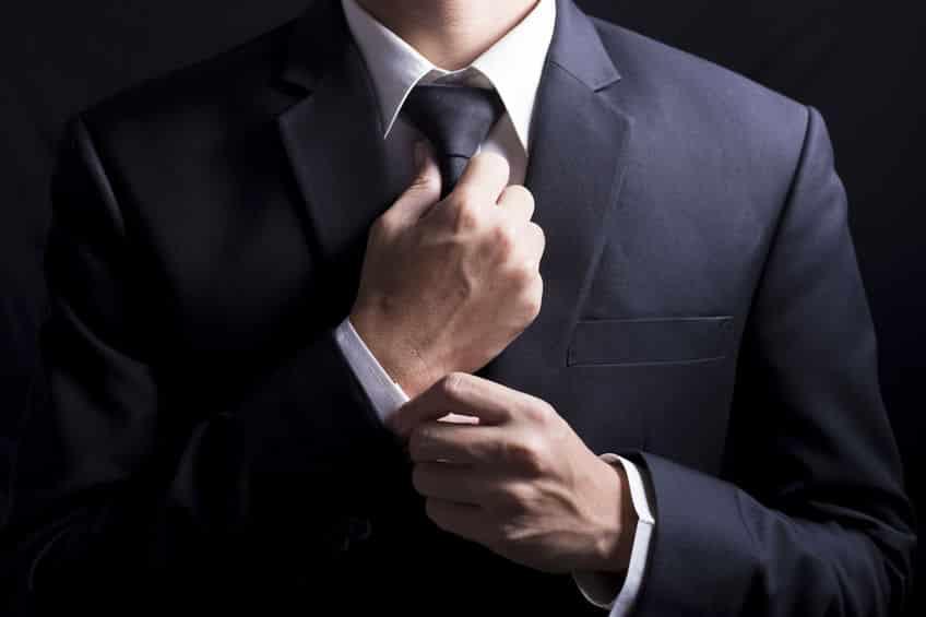 ネクタイを巻くと脳に悪影響があるかもという雑学