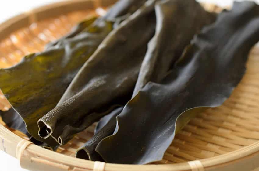 昆布を食べたら「髪が黒くなる」は嘘?に関する雑学