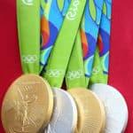 オリンピックのメダルが吊るし式に定着したのはローマ大会からという雑学