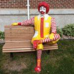マクドナルドのキャラクター「ドナルド」の本名は「ロナルド」という雑学