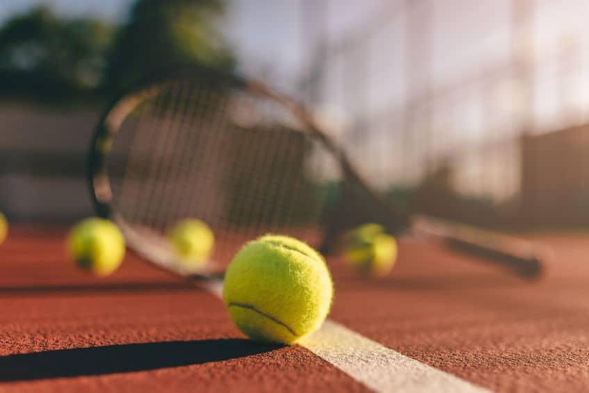 テニス界にプロ制度が出来た当初、オリンピックはアマチュア限定の大会だったというトリビア
