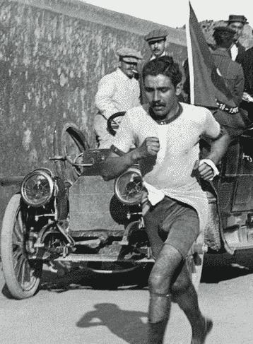 第5回ストックホルムオリンピックで、ポルトガルの選手が競技中に倒れ、翌日亡くなったというトリビア