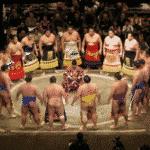 相撲界では下位の力士を「虫メガネ」と呼ぶという雑学