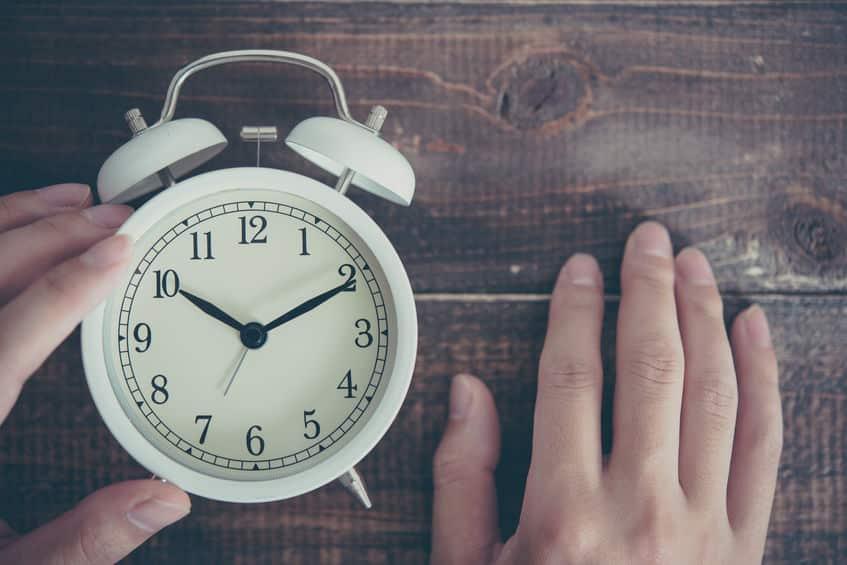時計周りが「右回り」な理由についてのトリビア