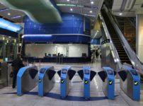 ドバイの地下鉄では居眠りをしたら罰金という雑学