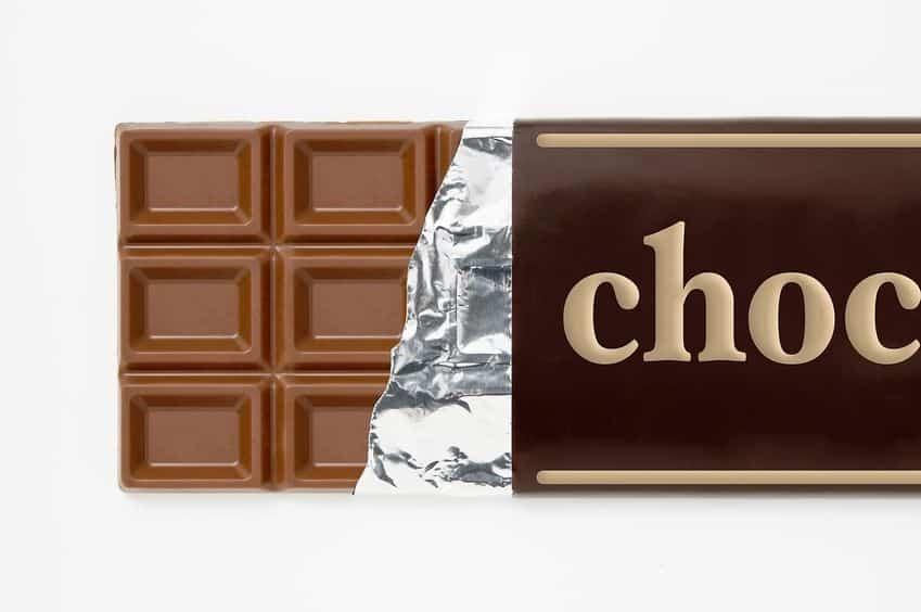 板チョコの溝は割るためではないという雑学
