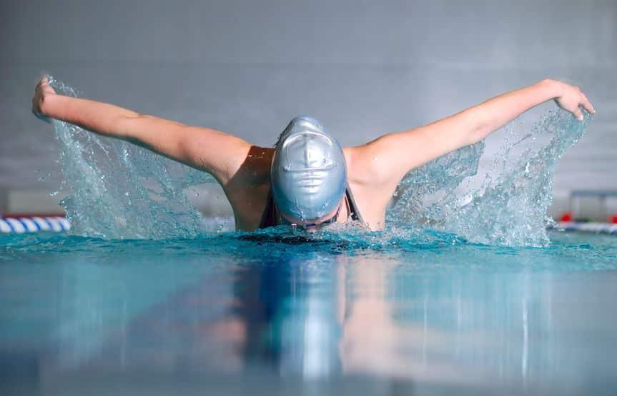 速さを求めた末に…!バタフライは平泳ぎが進化した泳法【ネオ平泳ぎ】についての雑学まとめ