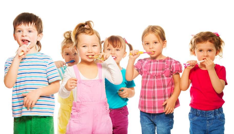 歯磨き粉には化粧品と医薬部外品の2種類があるという雑学まとめ