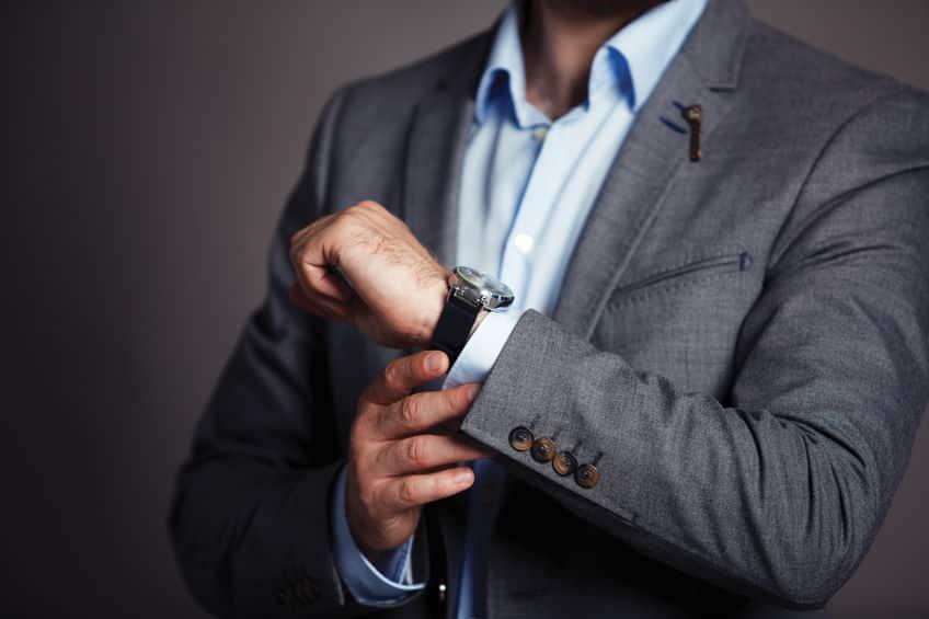 スーツの袖のボタンは、ナポレオンによる鼻水対策という雑学