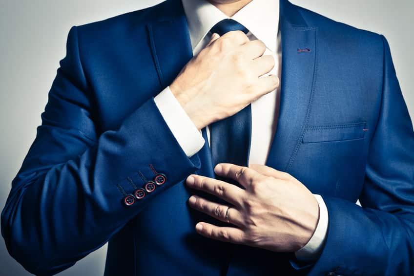 スーツの袖のボタンは、ナポレオンによる鼻水対策というトリビアのまとめ