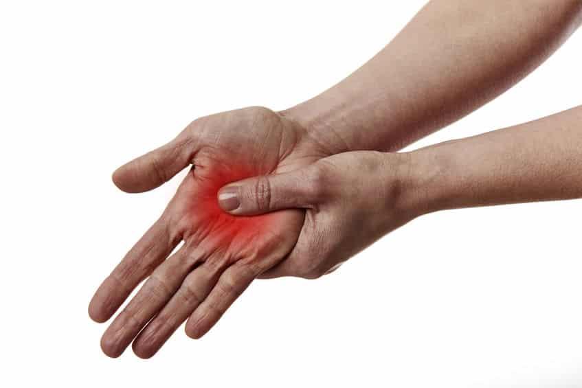 ツボで居眠り防止!人差し指の付け根を押すと眠気がとれるという雑学まとめ