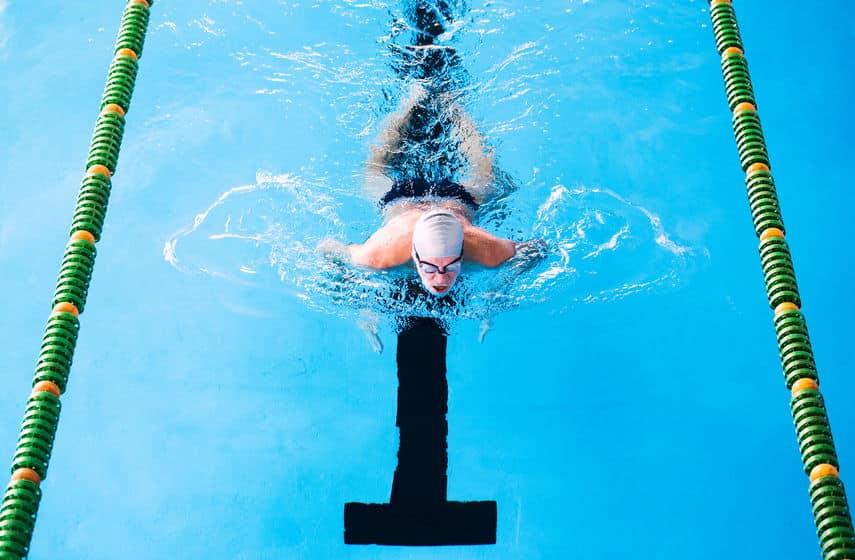 平泳ぎを「速く泳ごう」とした結果がバタフライ!というトリビア