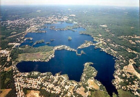 長いよっ!?世界で一番長い湖の名前は?【ウェブスター湖】についての雑学まとめ