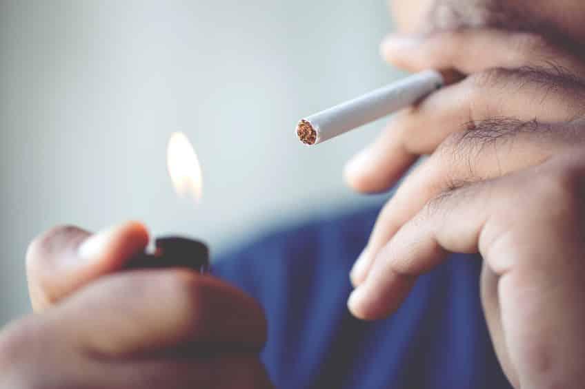 【視力低下】タバコを吸うというトリビア