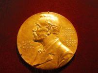 「股のぞき効果」という研究でノーベル賞を受賞した日本人がいるという雑学