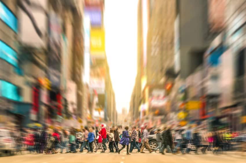 10年前と比べると、歩く速度はどうなってるかというトリビア