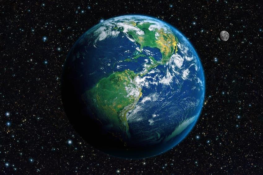 地球は完全な球体ではないという雑学