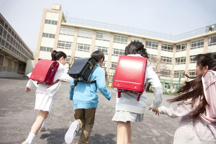 """生徒は渡さん…!新学期が""""4月1日から""""の理由は徴兵登録のためという雑学まとめ"""