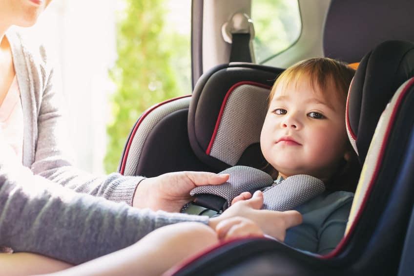 チャイルドシートは交通安全協会から無料でレンタルできるというトリビア