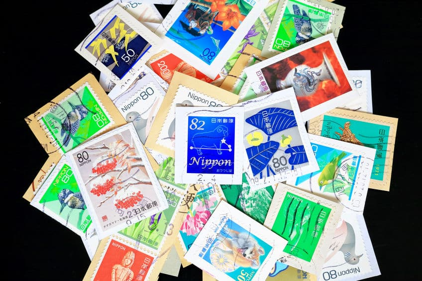 切手の裏のりには合成樹脂が使用されているというトリビア