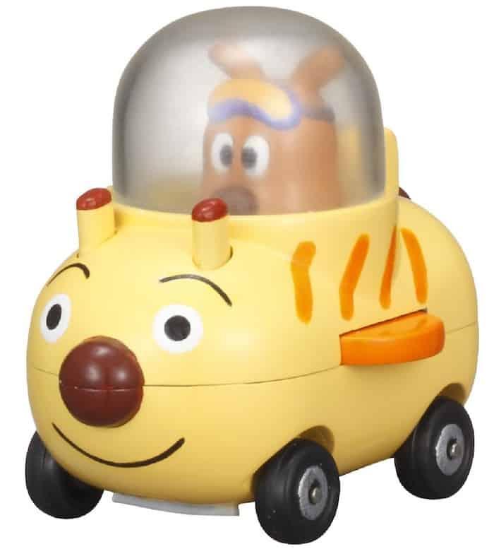 アンパンマンのチーズは自動車や飛行機の操縦ができる