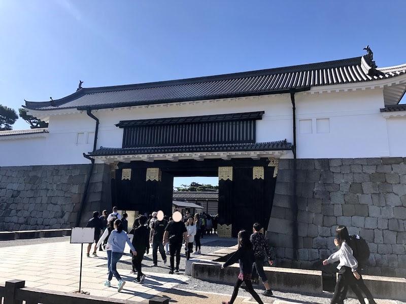 二条城の大手門を外から撮影