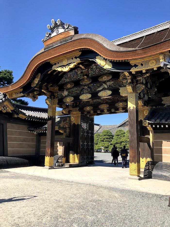 二条城の二の丸御殿入り口