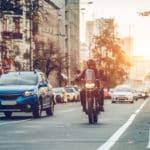 自動車とバイク、先に発明されたのはどっち?という雑学