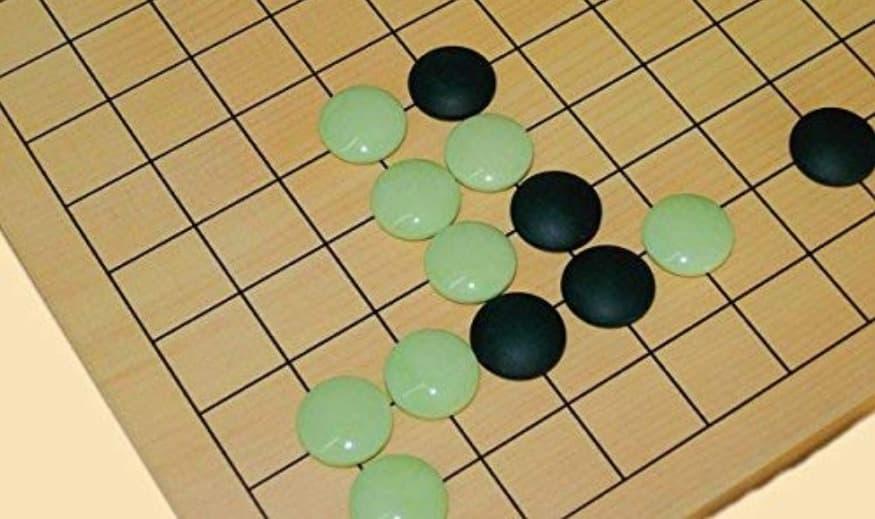 目に優しいグリーン碁石を考案したのは夏樹静子についてのトリビア