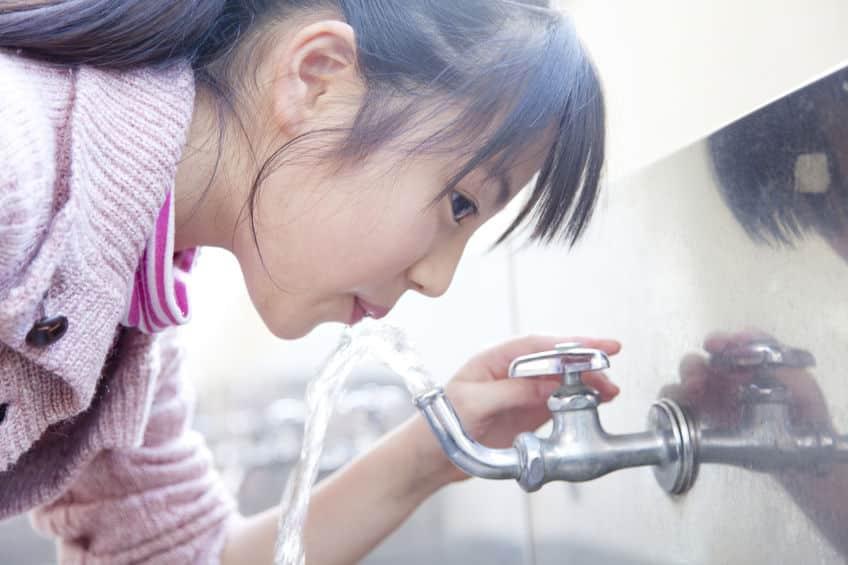 水道水が飲めるの国は世界で少ししかないというトリビア