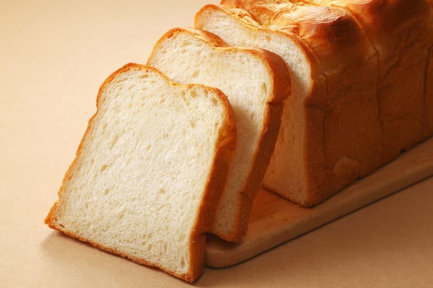そんな理由…?なぜ食パンのふちを「耳」と呼ぶ?という雑学まとめ