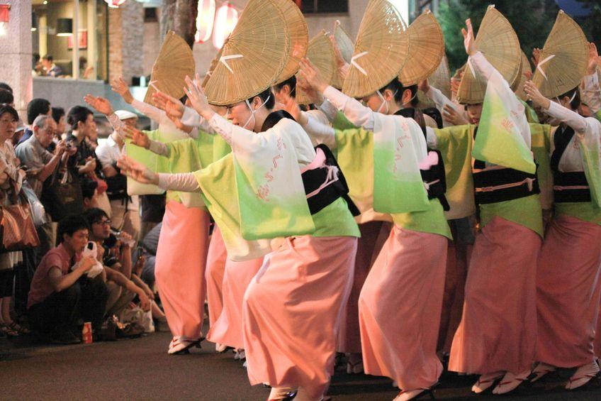 盆踊りの起源は踊念仏という雑学