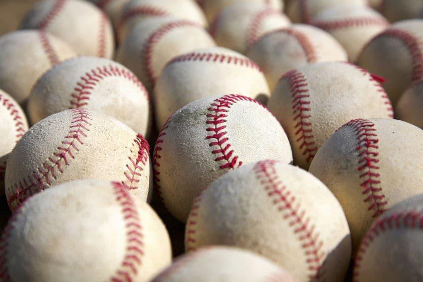使い古し…?プロ野球で新品のボールを使わない理由についての雑学まとめ