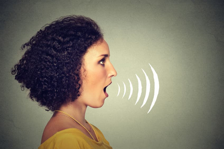 自分の声を録音すると違う人の声に聞こえる理由に関する雑学