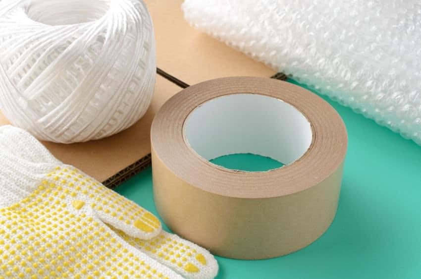 日常で使っている「ガムテープ」は「粘着テープ」という雑学